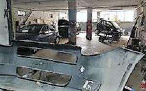 3 2 TRENTOLA DUCENTA: SCOPERTA ATTIVITÀ DI RICICLAGGIO IN AUTOCARROZZERIA SOTTO SEQUESTRO PER REATI AMBIENTALI