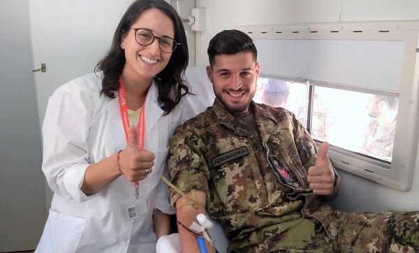 Donazione di sangue alla Scuola Specialisti dellAeronautica Militare PENURIA DI SANGUE NEL PERIODO ESTIVO: LA SCUOLA SPECIALISTI DELL'AERONAUTICA MILITARE RISPONDE ALLAPPELLO