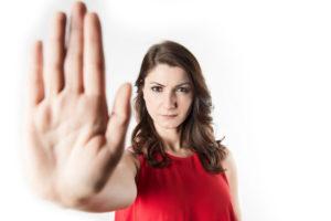 donne stop violenza 300x200 CNDDU SULLA GIORNATA CONTRO LA VIOLENZA DELLE DONNE