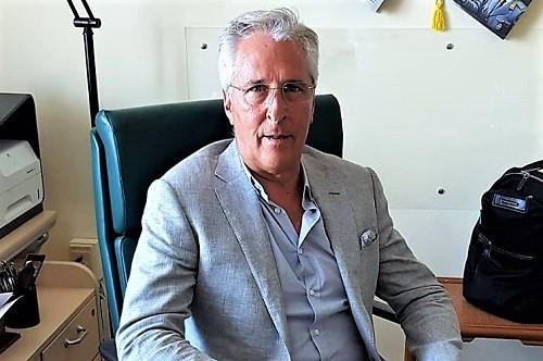 Lavvocato Carmine Mariano 1 AZIENDA OSPEDALIERA, INSEDIATO IL COMMISSARIO STRAORDINARIO CARMINE MARIANO