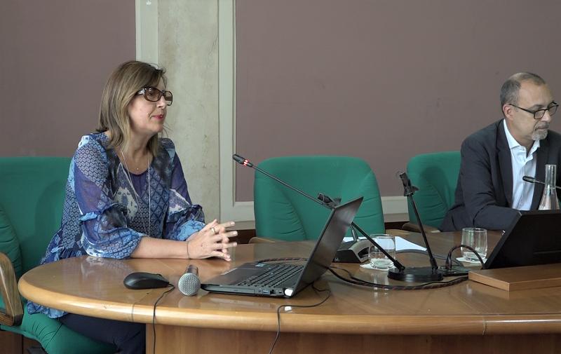 Emilia Belfiore nel corso della Conferenza TORNA LA NOTTE EUROPEA DEI RICERCATORI NEUROMED: PRESENTAZIONE NAZIONALE DEI NOVE PROGETTI ITALIANI