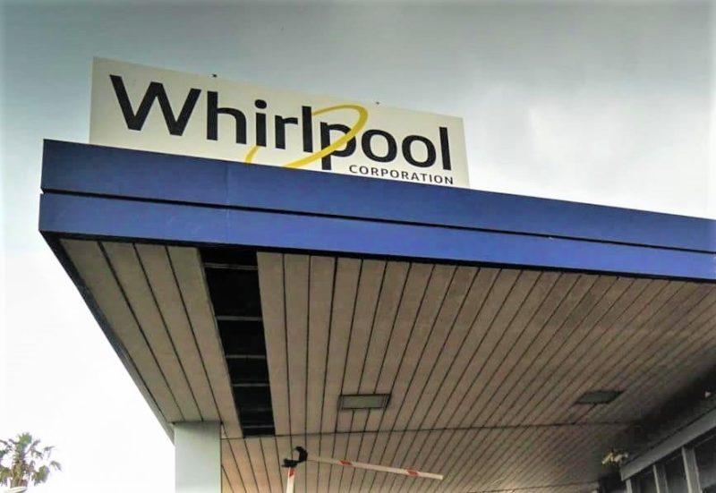 Whirlpool WHIRLPOOL FERMA I LICENZIAMENTI E LA VENDITA: IL COMMENTO DI ARTICOLO UNO LEU