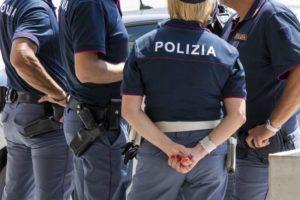 polizia 1 300x200 MARCIANISE, I FERMI PER CHI NON RISPETTA LE ORDINANZE SUL COVID 19: 9 DENUNCIATI