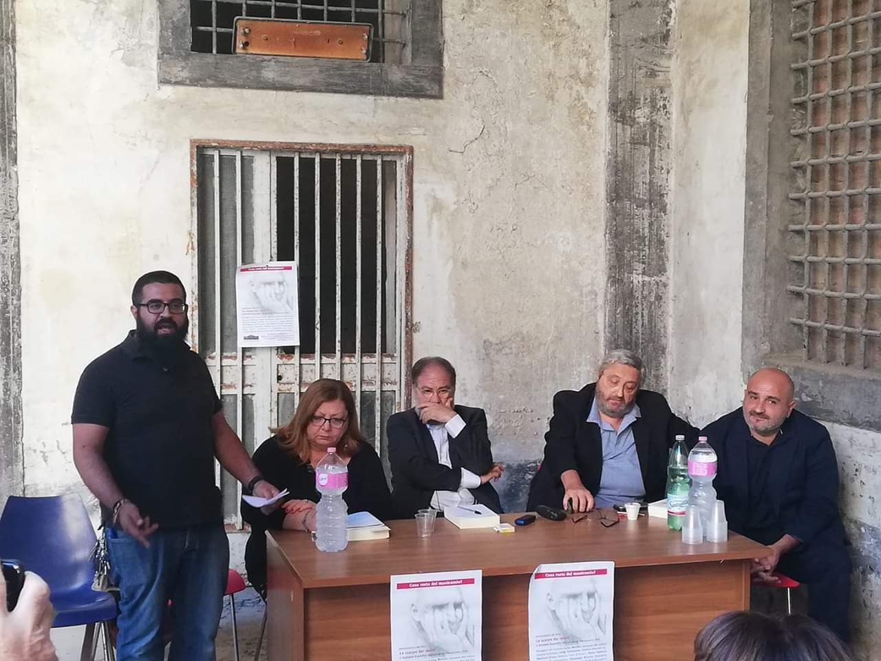realtori in LE SCARPE DEI MATTI, COSA RESTA DEL MANICOMIO DI AVERSA 40 ANNI DOPO LA LEGGE BASAGLIA