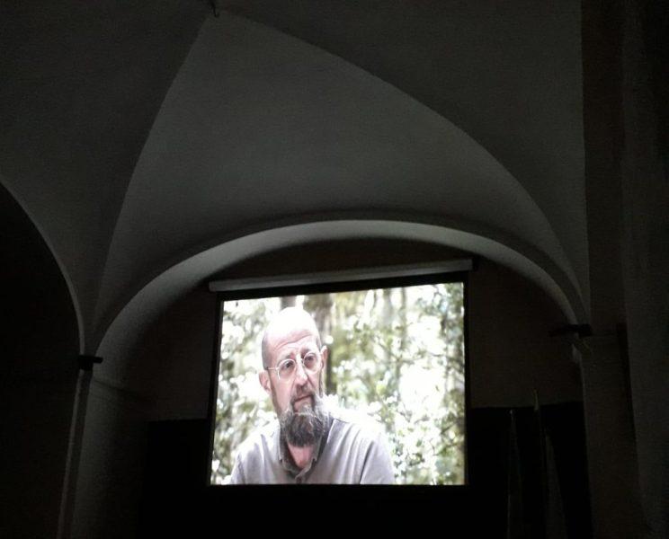 Il cortometraggio Ostaggi SAN NICOLA LA STRADA, AL REAL CONVITTO LA PRESENTAZIONE DI OSTAGGI, CORTOMETRAGGIO CONTRO I PREGIUDIZI