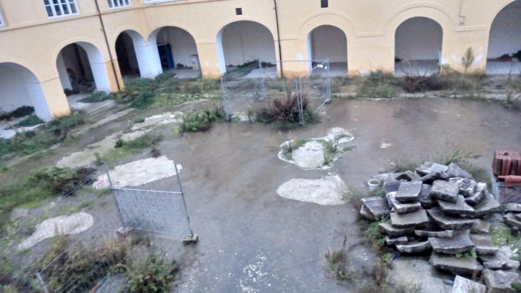 """%name CHIOSTRO SANT'AGOSTINO…ASSESSORE PETRILLO… """"CI FACCIA IL PIACERE"""""""