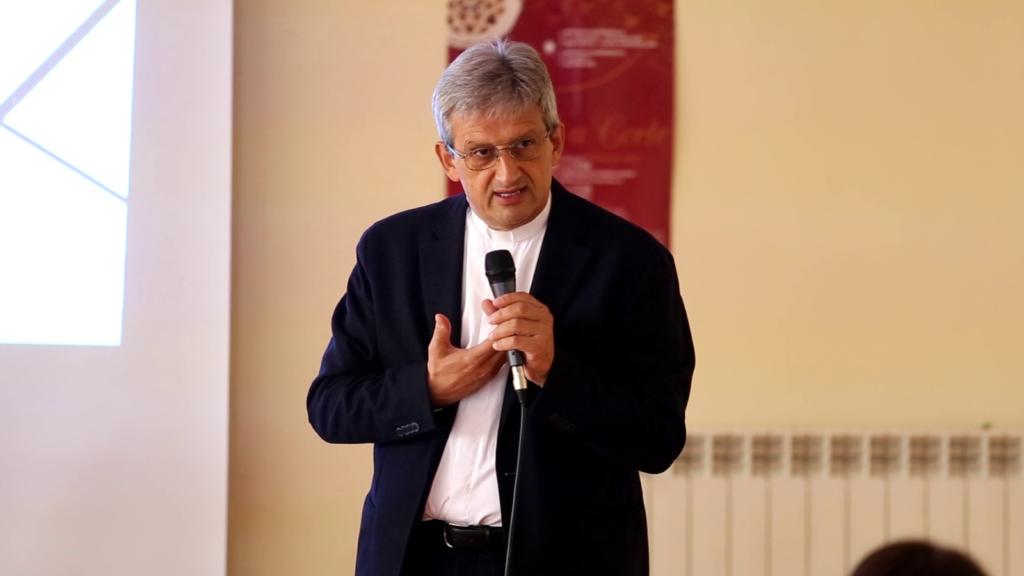 don Antonello 1 1024x576 CON TATTO (CARITAS), GRANDE PARTECIPAZIONE AL CONVEGNO #UNITICONTROILBULLISMO