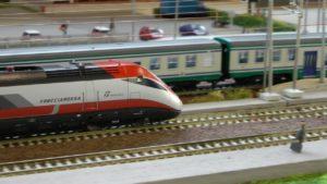 modellismo treni 300x169 MOSTRA DI MODELLISMO FERROVIARIO AL CIRCOLO DON LORENZO MILANI