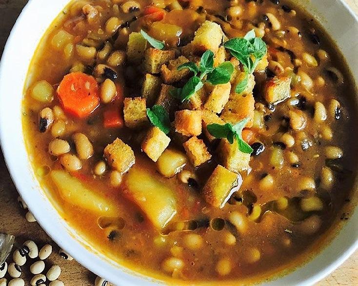 zuppa fagioli dallocchio ZUPPA DI FAGIOLI DALLOCCHIO