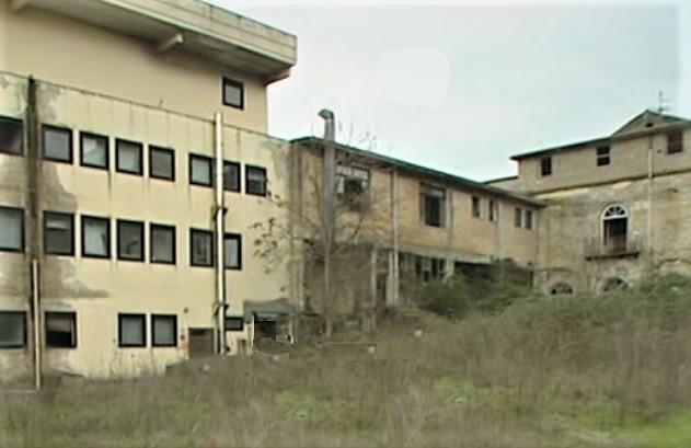 ospedale ROCCAROMANA ROCCAROMANA, CARTELLE CLINICHE ARCHIVIATE NEL DEGRADO, IL NURSIND SCRIVE ALL'ASL