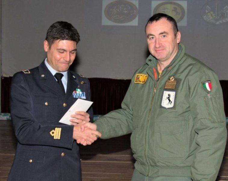 Consegna promozione scaled ANTONIO AULETTA PROMOSSO MAGGIORE: GLI AUGURI DI APPIA POLIS