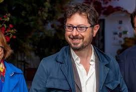 Francesco Emilio Borrelli AMBC: ANCHE LA REGIONE CAMPANIA ALLA RICERCA DEL CENTRO SERVIZI TURISTICI CHE NON C'È