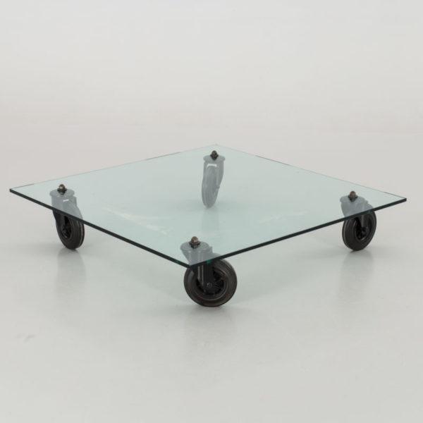 Gae Aulenti Tavolo con ruote scaled DONNE E DESIGN