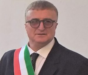 Gennaro Piscitelli 300x256 CERVINO, CHIUSURA PIAZZA TRE CROCI: LINTERVENTO DELLEX SINDACO PISCITELLI