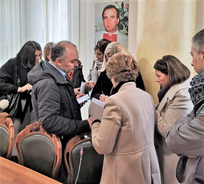 IMG 20200120 123325 scaled SINISTRA ITALIANA CASERTA CON IL SOTTOSEGRETARIO DE CRISTOFARO A CASAL DI PRINCIPE