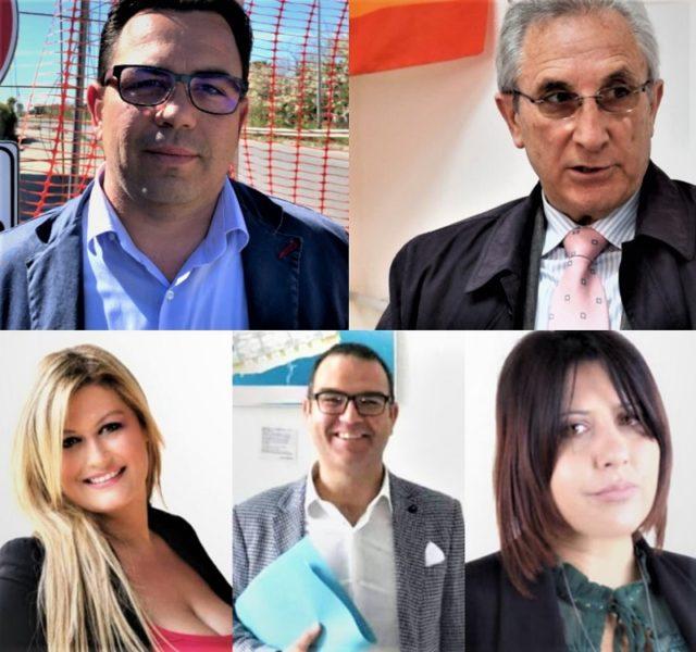 %name CASTEL VOLTURNO, TREMA LA POLTRONA DEL SINDACO PETRELLA: CONSIGLIERI CHIEDONO CONSIGLIO COMUNALE STRAORDINARIO ED URGENTE