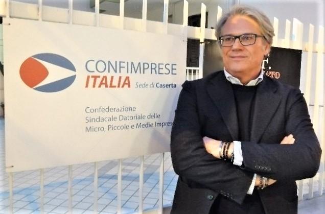Piero Monaco Segretario Confimprese Caserta I FARMACISTI AVRANNO UNA TUTELA SINDACALE: CONFIMPRESE CASERTA ATTIVA CONVENZIONE CON FEDERFARMA