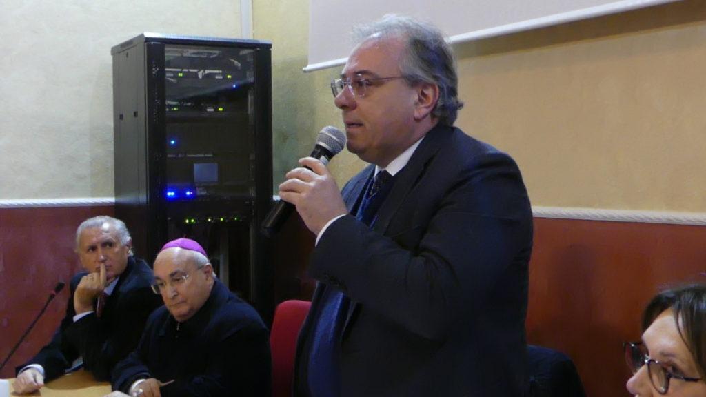 Rettore Rocco Gervasio 1024x576 MADDALONI, SERATA PARTECIPATA IN RICORDO DEL DIRIGENTE, EDUCATORE E SAGGISTA MICHELE VIGLIOTTI