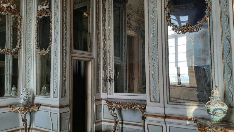 """boudoir scaled #DOMENICALMUSEO ALLA REGGIA DI CASERTA: INGRESSO GRATUITO AL """"QUARTO DELLA REGINA"""" E ALLA CAMERA DA LETTO DEL RE"""