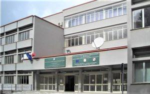 liceo manzoni caserta 300x189 SINERGIA TRA HIDROS POINT E LICEO MANZONI PER BORSE DI STUDIO A QUATTRO STUDENTI