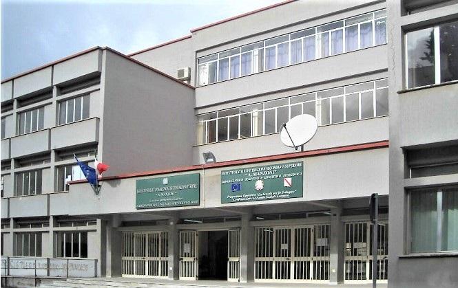 liceo manzoni caserta ISCRIZIONI SCOLASTICHE: SODDISFATTO IL LICEO MANZONI