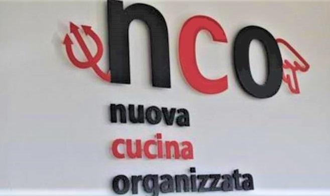 news204634 NCO CHIUDE: LE PROTESTE