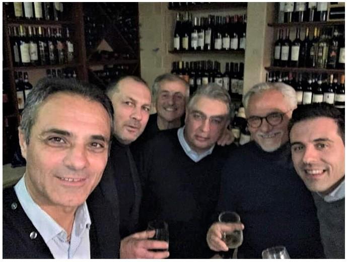 sessa 2 MENTRE SESSA AURUNCA RISCHIA IL DEFAULT, SILVIO SASSO VA AI BACCANALI!