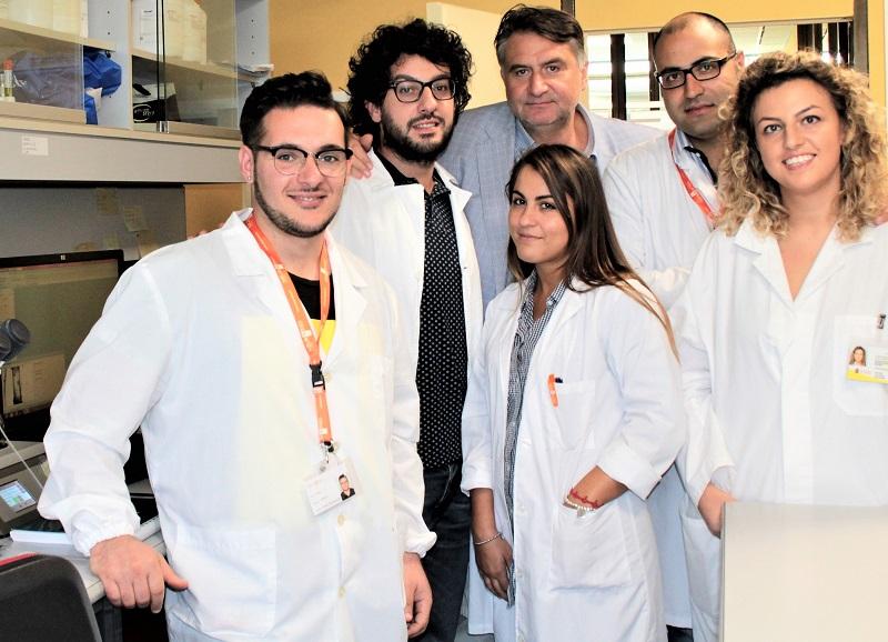 Carmine Vecchione con il team di Fisiopatologia Vascolare Neuromed RICERCA NEUROMED: SCOPERTA COMBINAZIONE DI SOSTANZE NATURALI CONTRO L'IPERTENSIONE