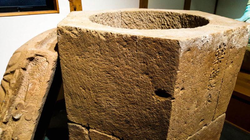 Monk tomb 1024x576 1 scaled MONACI BUDDISTI DISIDRATATI E SEPOLTI VIVI: LE MUMMIE DA ADORARE
