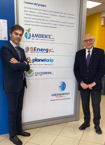Nella foto a sinistra Angelo Bruscino Amministratore di So.F.Invest. srl a destra Mario Morcone Presidente della Greenenergy Holding spa scaled L'EX PREFETTO MARIO MORCONE È IL NUOVO PRESIDENTE DI GREENENERGY HOLDING