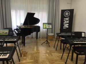 Accademia musicale Yamaha 300x225 SAN NICOLA LA STRADA, CHIUDE ANCHE LACCADEMIA MUSICALE YAMAHA