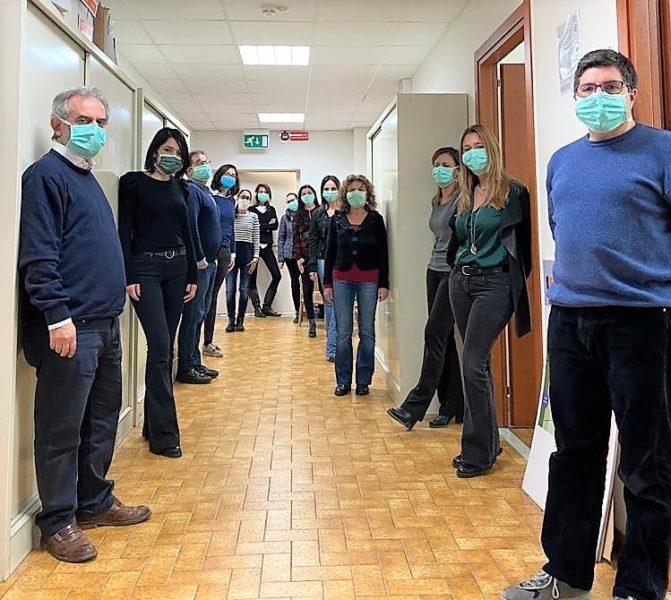 Lequipe di Franco Perrone. COVID 19: AL PASCALE INIZIA LA SPERIMENTAZIONE DEL TOCILIZUMAB
