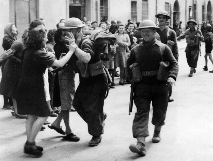 Ferrara 24 aprile 1945 LA LIBERAZIONE: GLI SCATTI CHE HANNO SEGNATO UNEPOCA