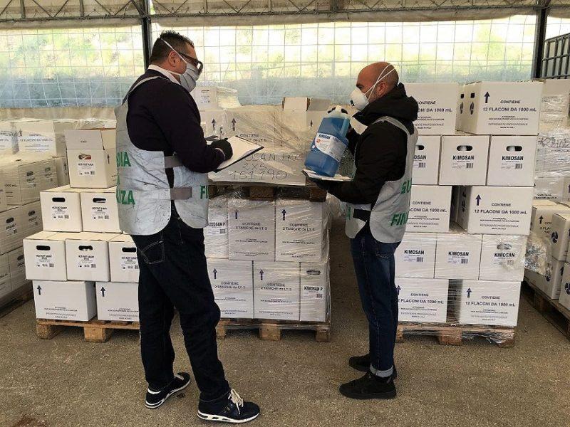 GDF 1 scaled MONDRAGONE, MAXI SEQUESTRO DI PRODOTTI PER PRESIDI MEDICI CHIRURGICI SENZA CERTIFICAZIONE
