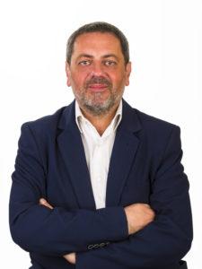 Roberto Romano foto 225x300 AVERSA, ROMANO: RIMPASTO IN GIUNTA DA DELIRIO DI ONNIPOTENZA