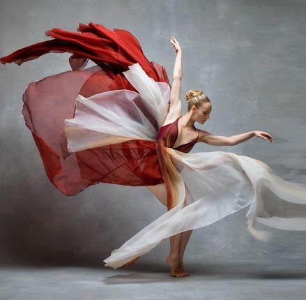 danza SI PUÒ AMARE IL PROPRIO RESPIRO?