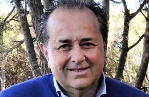 Cesare Diana Castel Volturno 300x195 CASTEL VOLTURNO, I VOLONTARI RIPULISCONO LE SPIAGGE. DIANA: VOGLIA DI RISCATTO