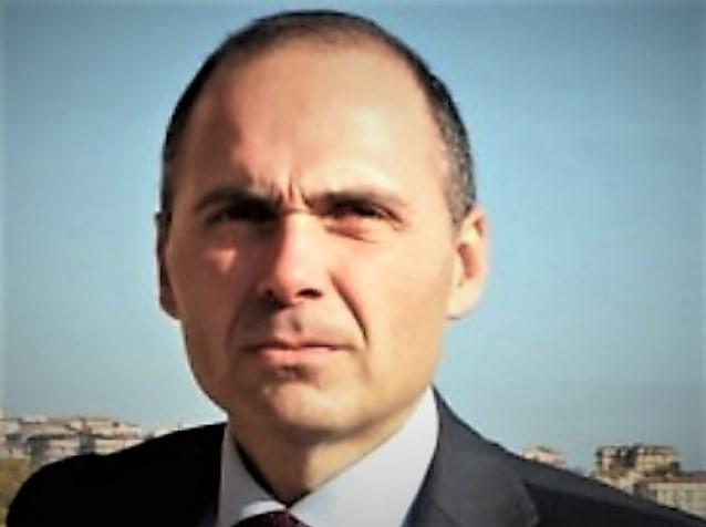 Gaetano Gubitosa FOTONOTIZIA   AORN, SI INSEDIA IL DG GUBITOSA: INCONTRO CON I CAPIDIPARTIMENTO