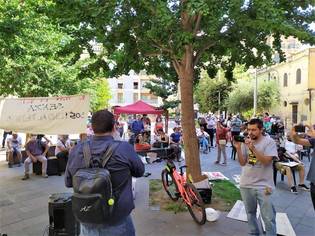 """protesta 1024x768 """"LASCIATECI RESPIRARE"""", IN CENTINAIA IN PIAZZA A CASERTA: MARINO RIFIUTA L'INCONTRO E VA VIA SCORTATO, IGNORANDO LE RICHIESTE!"""