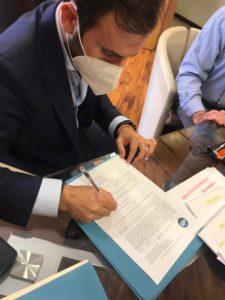 Orlando de Cristofaro formalizzazione candidatura 225x300 REGIONALI, DE CRISTOFARO UFFICIALIZZA CANDIDATURA CON NOI CAMPANI