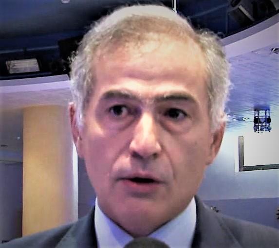 pasqualino DE MARINIS OSPEDALE, QUANDO UN PRIMARIO PENSA DI ESSERE AL BAR DELLO SPORT ED IL DG…PURE