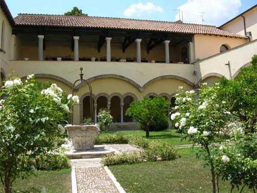 BN Chiostro Santa Sofia BENEVENTO CITTÀ SPETTACOLO: VISITE GUIDATE MUSEO DEL SANNIO E CHIOSTRO DI SANTA SOFIA