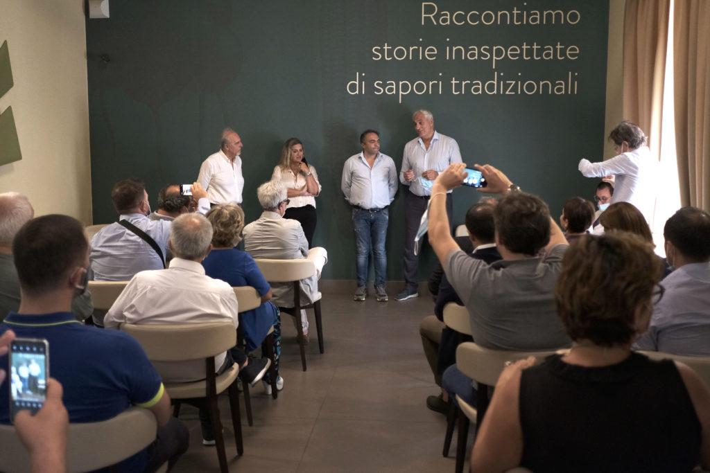 DSCF4681 1024x683 ITALIA VIVA CASERTA, ROSATO E CAPUTO PRESENTANO I CANDIDATI
