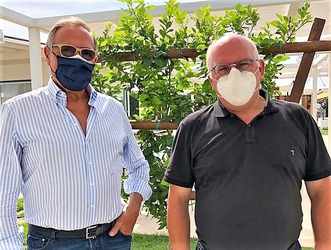 Da sinistra il vice presidente di Confcommercio Umberto Cinque e il Prof. Paolo Ascierto COVID 19, IL VICE PRESIDENTE DI CONFCOMMERCIO ANNUNCIA TAVOLA ROTONDA CON IL PROF. PAOLO ASCIERTO
