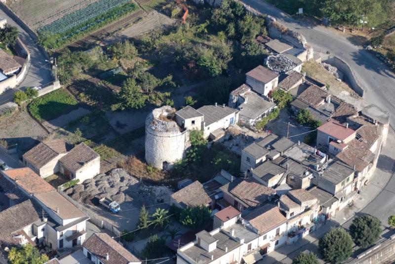 torre medievale castello di alife 3 scaled CASTELLO DI ALIFE, AL VIA L'INTERVENTO DI SOMMA URGENZA DEL TORRIONE MERIDIONALE SUD OVEST