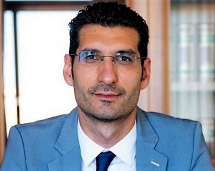 Giuseppe L'Abbate SCUOLA: ARRIVANO I FONDI PER LE MENSE BIOLOGICHE
