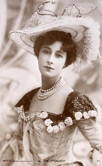 Liane de Pougy postcard LIANE DE POUGY, LORIZZONTALE DI ALTO RANGO