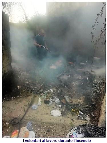 incendio pompieri SESSA AURUNCA: IN FIAMME UNA DISCARICA IN PIENO CENTRO STORICO