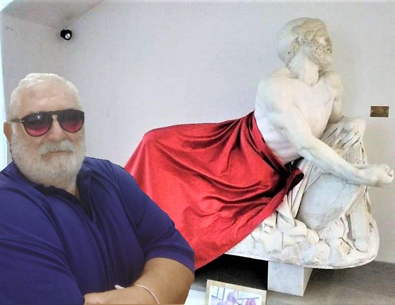 statua cuscuna BRAGHE, BRAGHETTE E BRAGHETTONI, CERCARE IL PELO NELLUOVO SARÀ PRETESTUOSO, MA TALVOLTA È COSA BUONA E GIUSTA