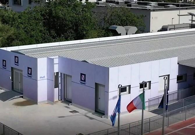 centro covid caserta OSPEDALE ULTIMORA. APERTO CENTRO COVID MODULARE TRA LE POLEMICHE